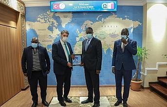 Senegalli öğrencilerin tercihi Karabük Üniversitesi...