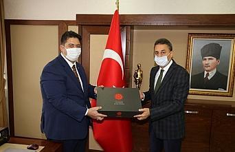 Sinop Valisi Karaömeroğlu'na AA'nın