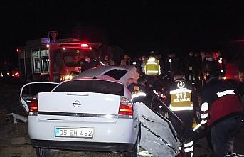 Tokat'ta trafik kazası: 2 ölü, 7 yaralı