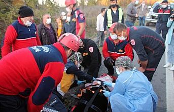 Zonguldak'ta otomobil istinat duvarına çarptı: 2 ölü, 2 yaralı
