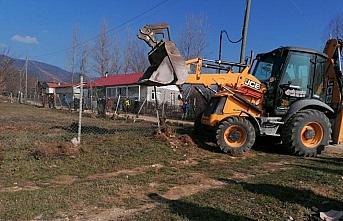 Bolu'da yayla sakinleri yıkım ekibini engellemeye çalıştı