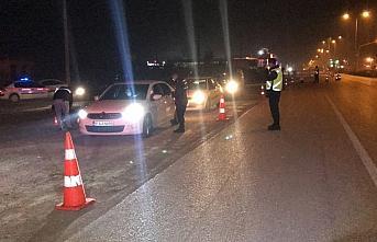 Düzce'de jandarma sokağa çıkma kısıtlaması...
