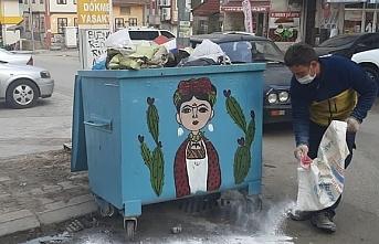 Fatsa Belediyesi çöp konteynerlerini virüsü karşı...