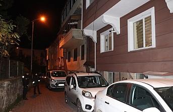 GÜNCELLEME 2 - Zonguldak'ta eski kız arkadaşını bıçakladığı iddia edilen şüpheli tutuklandı