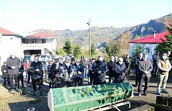 Kovid-19 nedeniyle vefat eden avukat Necip Kibar'ın...