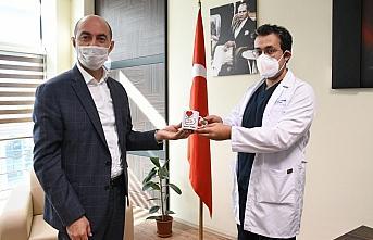 Terme Belediye Başkanı Kılıç'tan sağlıkçılara yeni yıl hediyesi