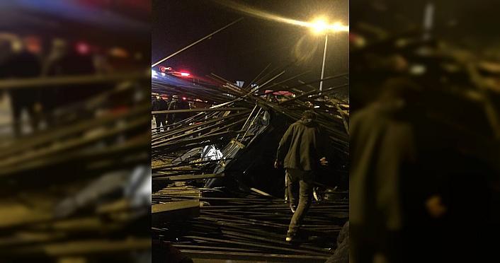 Trabzon'da devrilen tırın sürücüsü öldü