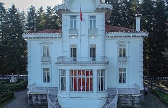 Trabzon'daki Atatürk Köşkü yılın 11 ayında 369 bin 730 turist ağırladı