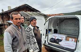 Türk Kızılaydan yangınzede aileye yardım