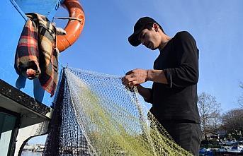 Batı Karadeniz'de balıkçılar hamsi avı için...