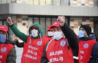 DİSK Genel Başkanı Çerkezoğlu'ndan Çorum'da işten çıkarılan işçilere destek