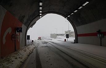 Doğu Karadeniz'de kar yağışı etkili oluyor