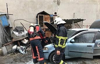 Düzce'de park halindeki araçta yangın