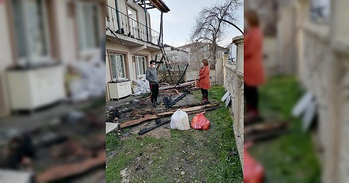 Düzce'de yangınzede ailenin tüm ihtiyaçları karşılandı
