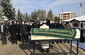 Eski ÖSYM Başkanı Toker'in cenazesi memleketi Karabük'te toprağa verildi