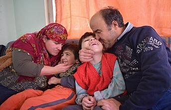 Kas hastası fedakar anne engelli çocuklarının...