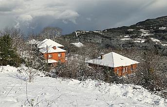 Kastamonu'da kar yağışı etkili oldu