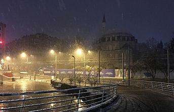 Kocaeli, Sakarya, Düzce ve Bolu'da kar yağışı...