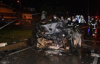 Ordu'da zincirleme trafik kazasında 3 otomobil yandı...