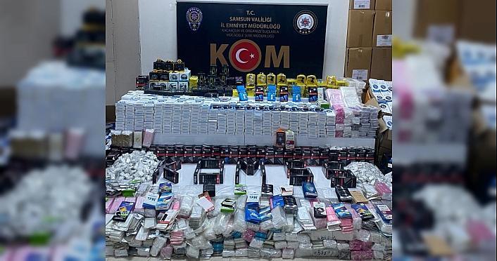 Samsun'da 23 bin 501 adet faturasız cep telefonu aksesuarı ele geçirildi