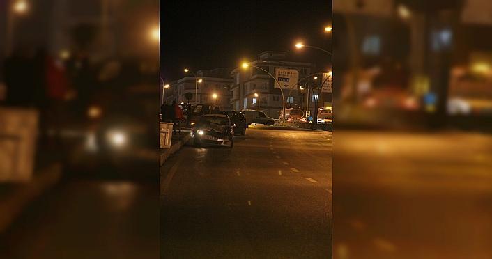 Samsun'da buzlanan yolda 10 araç kaza yaptı: 1 yaralı