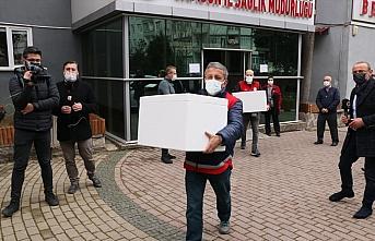 Samsun'da Kovid-19 aşılarının sağlık çalışanlarına...