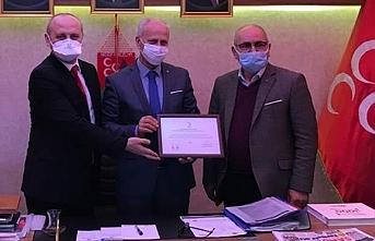 Türk Kızılay'dan Samsun MHP'ye teşekkür