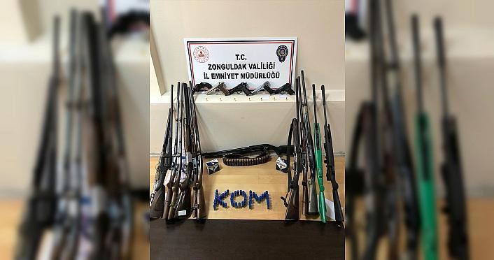 Zonguldak'ta silah ticareti yaptığı iddia edilen 5 şüpheli tutuklandı