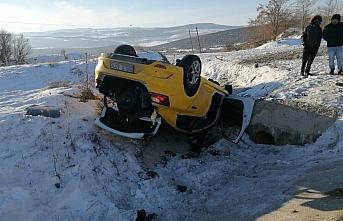 Amasya'da taksi şarampole devrildi: 1 ölü,...