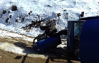 Artvin'de tarım aracının devrilmesi sonucu yaralanan kişi ambulans helikopterle Erzurum'a götürüldü