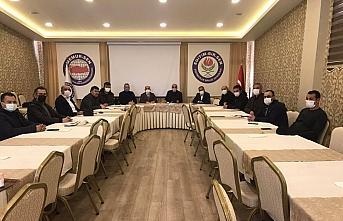 Eğitim-Bir-Sen'den AK Parti Grup Başkanvekili Özlem...