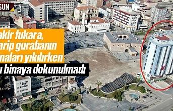 Saathane Meydanı'nda yıkılmayan tek bina