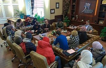 Tanzanyalı öğrencilerden Rektör Polat'a ziyaret