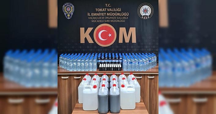 Tokat'ta 250 litre sahte içki ele geçirildi, 8 kişi...