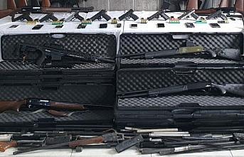 Trabzon merkezli silah kaçakçılığı operasyonunda...