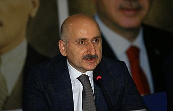 Ulaştırma ve Altyapı Bakanı Karaismailoğlu, partisinin Zonguldak İl Başkanlığını ziyaret etti:
