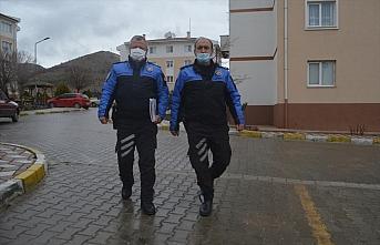 Amasya'da ev ziyaretlerini önlemek için vatandaşlar ikametlerinde uyarılıyor