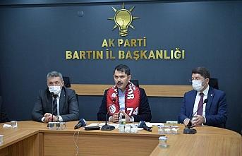 Bakan Kurum, Bartın AK Parti İl Başkanlığını ziyaret etti: