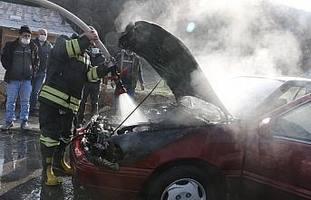 Bolu'da seyir halindeki otomobilde yangın çıktı