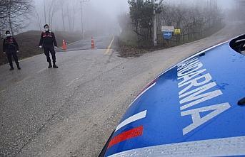 Düzce'de Kurtsuyu köyüne Kovid-19 artışı nedeniyle giriş ve çıkışlar 10 gün sınırlandırıldı