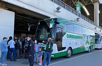 Giresunspor'u İstanbul'da taraftarları karşıladı