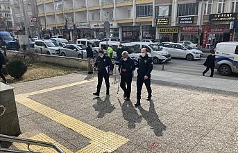 GÜNCELLEME - Çorum'da trafik kazasında 1 kişinin ölümüne, 2 kişinin yaralanmasına neden olan sürücü tutuklandı