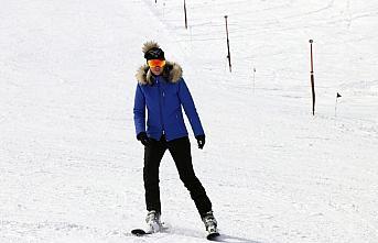 Kartalkaya'da kayak sezonu nisanda da devam edecek