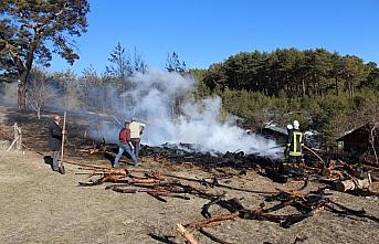 Kastamonu'daki yangında 15 dekar ormanlık alan zarar...