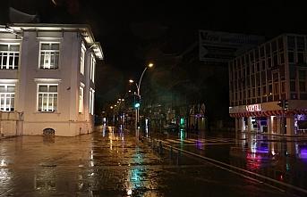 Sakarya, Düzce, Zonguldak ve Kocaeli, sokağa çıkma kısıtlamasıyla sessizliğe büründü