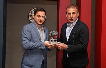 Trabzonspor Teknik Direktörü Avcı:
