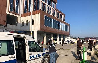 Zonguldak'ta hastane otoparkında güvenlik görevlilerini...