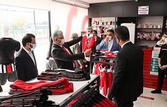 AK Parti Samsun İl Başkanlığı 555 Samsunspor forması satın alarak takıma destek başlattı