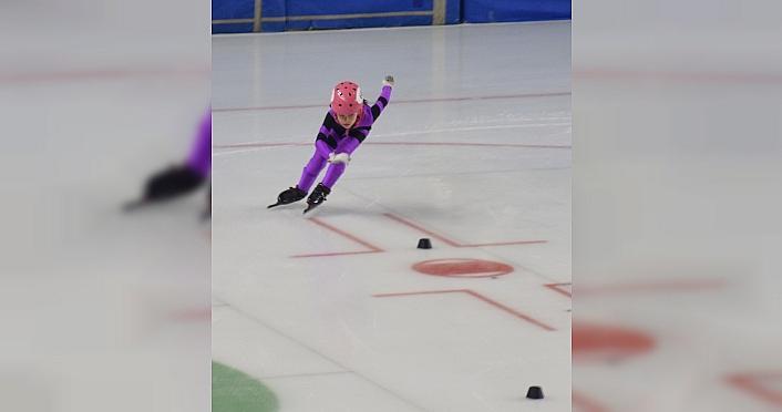 Buz pateninde Short Track Federasyon Kupası-4 müsabakaları...