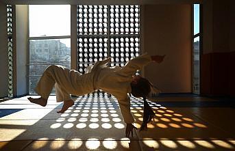 Düzce'de kalp rahatsızlığı bulunan iki arkadaş judoyla hayata tutundu